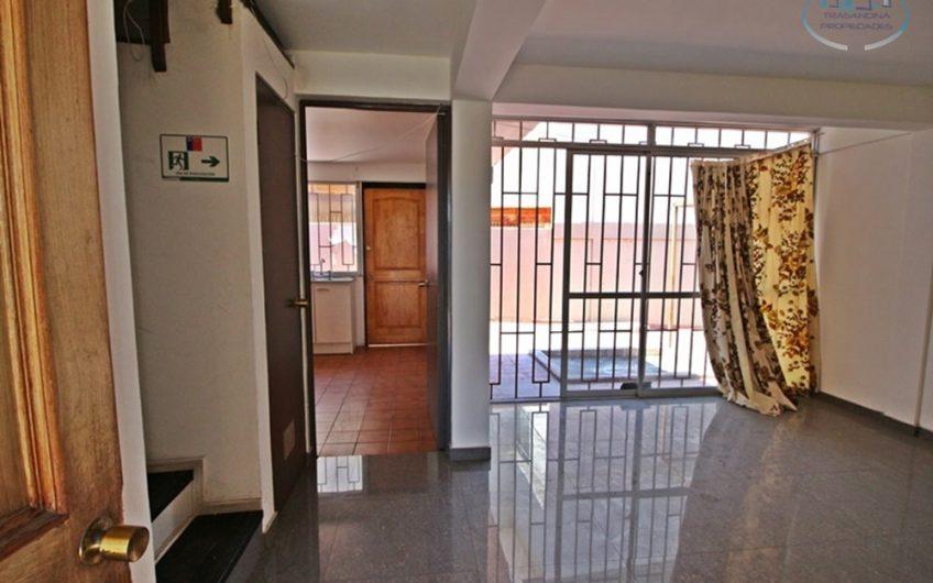 Casa para Empresas Sector Ex Hospital 5 dormitorios