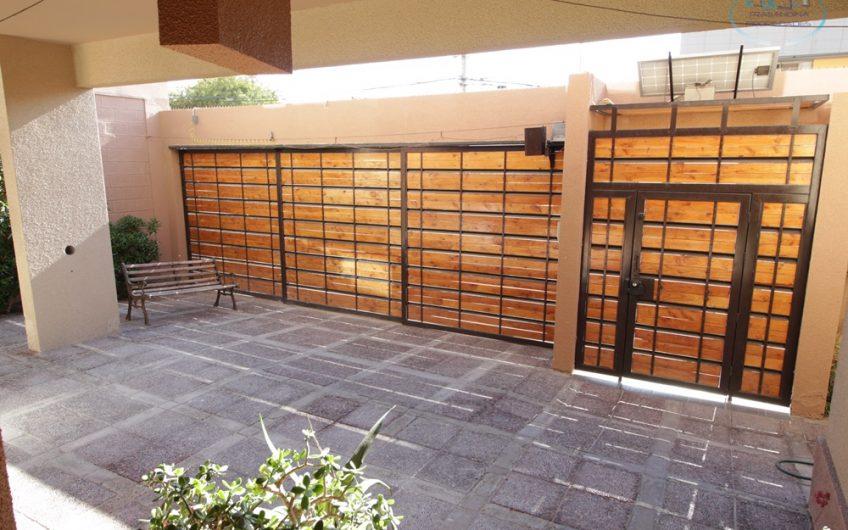 HERMOSA CASA 5D 5B 3E Jardines del Sur