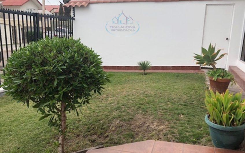 CASA 4D 4B 2E Muy Acogedora Jardines del Sur