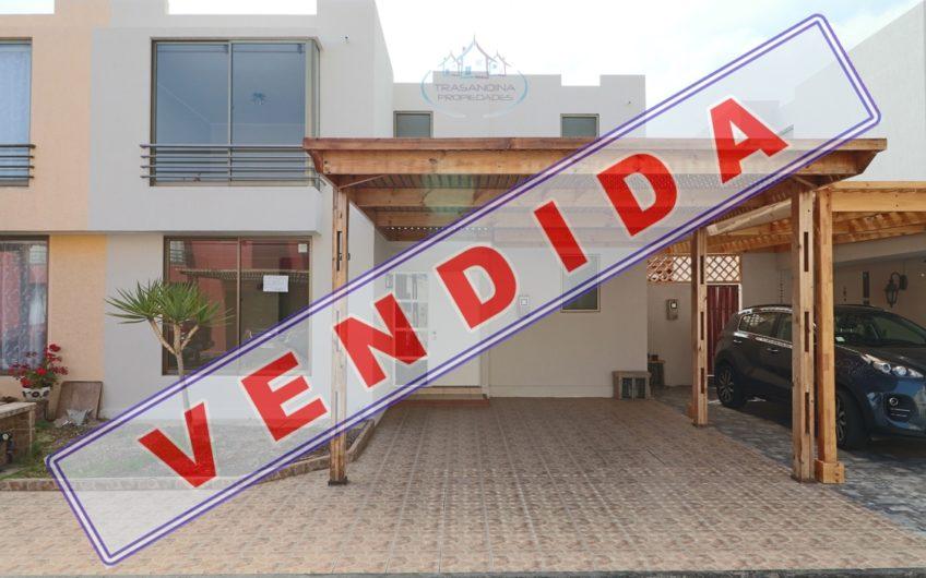 CASA 5D 4B 2E en Condominio Bordemar VII – Calle Petronilla.